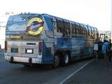 こんなバスで行きました。