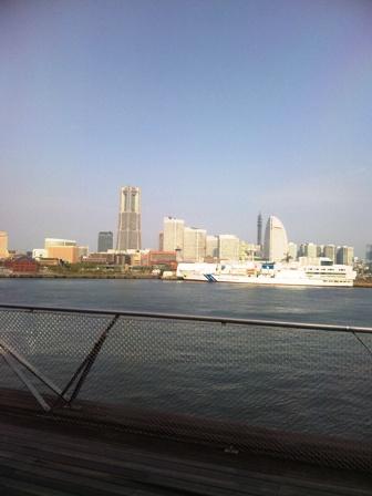 大桟橋埠頭からMM撮影