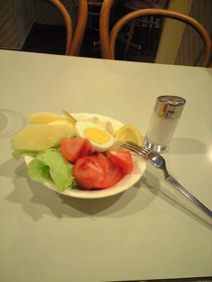 ホワイトベアーサラダ
