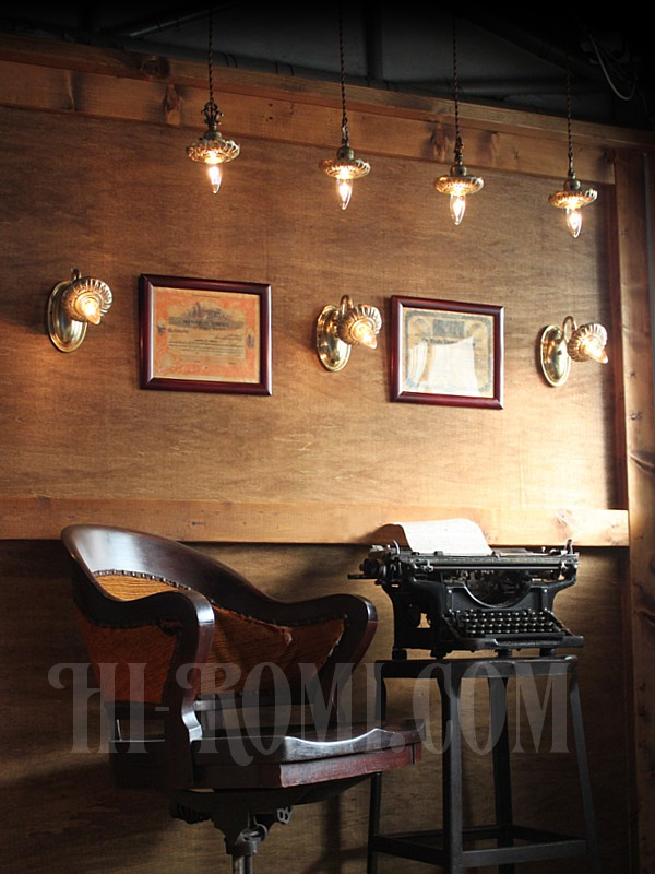 USAヴィンテージ真鍮製花型フレーム付きプッシュ式ブラケットランプB/アンティークヴィクトリアンアトリエ壁掛けウォールライト