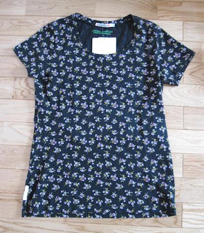 ローラアシュレイのTシャツ