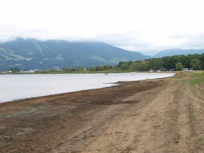 猪苗代湖と磐梯山(天神浜オートキャンプ場より)