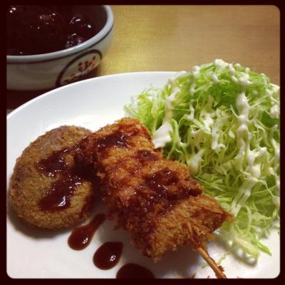 スズツネの串カツ、コロッケ、肉団子