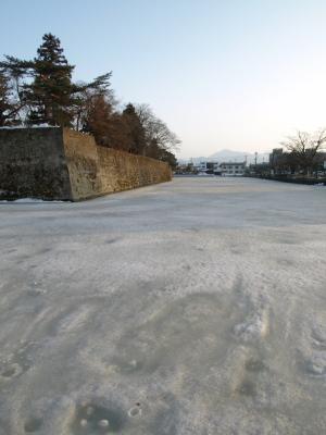 鶴ヶ城(西出丸のお堀)