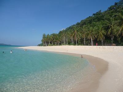 ボラカイのビーチ