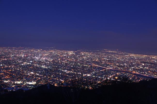 藻岩山山頂から望む夜景