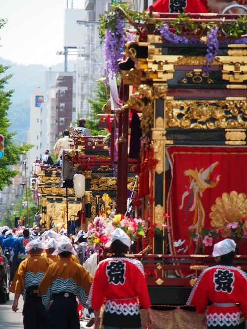 札幌まつりの山車行列