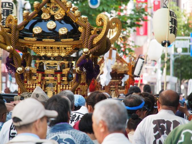 札幌四番街商店街繁昌神輿