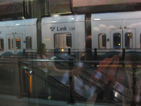sattle rail2