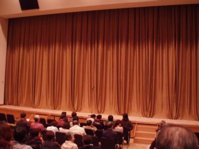 20111015東区役所ホール