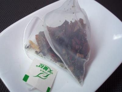 20111022花果茶(テトラパック)