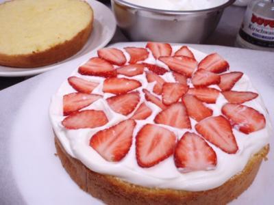 20111216ショートケーキ作り