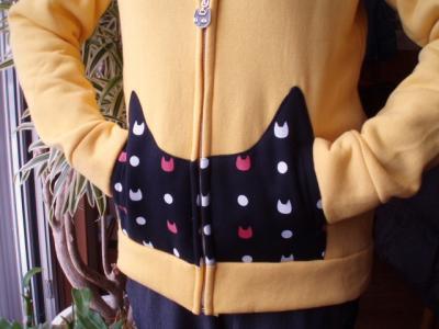 20120204猫パーカーポケット