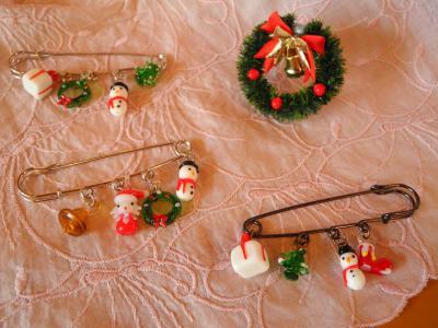 201211クリスマスピン2