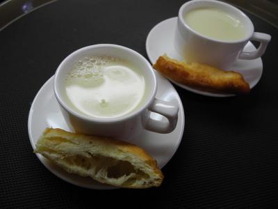 20121226豆乳と中国揚げパン