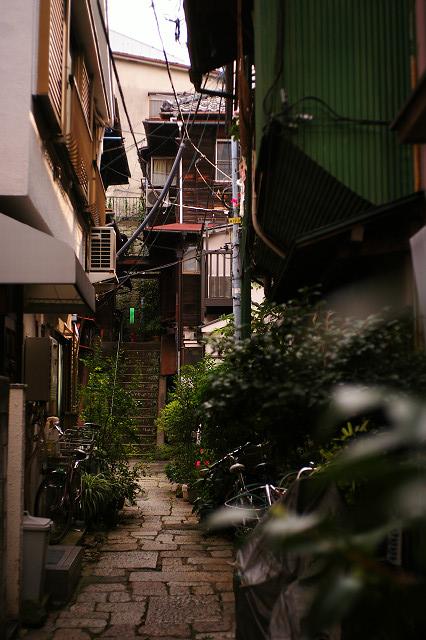 本郷三丁目菊坂通り界隈