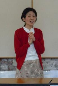 煉瓦館で和子さん熱唱(2012-05-20)