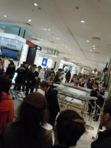 瀋陽伊勢丹碗琴演奏1(2011-10-26)