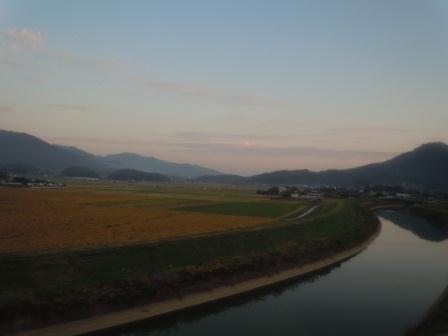 高速バス車窓からの風景(武雄市:2011-10-27)