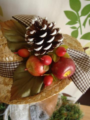 blythe hat apple3