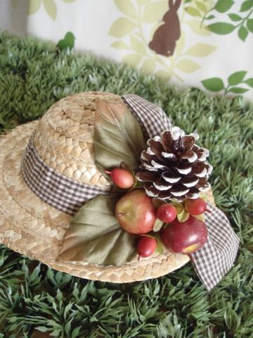 blythe hat apple