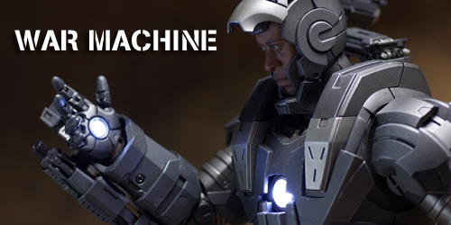 hottoys_warmachine2.jpg