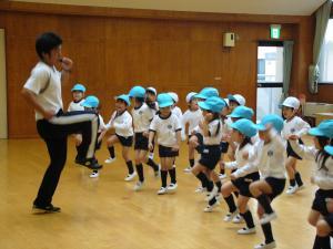 2011.05.10体操すみれ