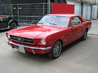 220px-1965_Ford_Mustang_2D_Hardtop_Front.jpg