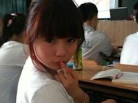 「AVの授業!?」と話題の授業中撮った美少女の画像