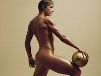 サッカー・アメリカ女子代表のワンバック選手がヌードに