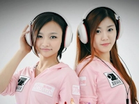台湾で開催されたアジア最強女性ゲーマー決定戦 「ZOWIE DIVINA アジア・チャンピオンシップ」のゲーマー2人が美人
