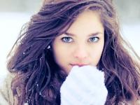 雪と西洋美女の画像特集
