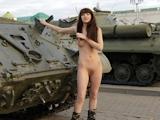 ロシア美女 野外露出ヌード画像 13