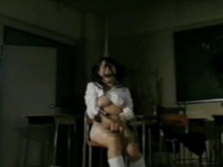 Enjoying her first BDSM - XVIDEOS.COM(1)