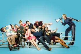 Glee-2_convert.jpg