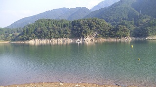 20111009dam1.jpg