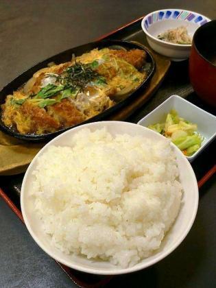 和食いちばん、煮かつ定食2