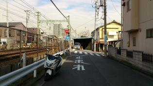 横浜駅西口から京急、神奈川新町駅まで歩く(内容は仲木戸駅まで)2