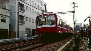 横浜駅西口から京急、神奈川新町駅まで歩く(内容は仲木戸駅まで)4