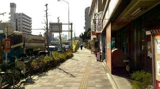 横浜駅西口から京急、神奈川新町駅まで歩く(内容は仲木戸駅まで)8