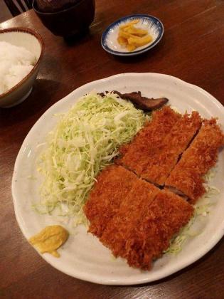 サンオリーブ、ヒレカツ定食3