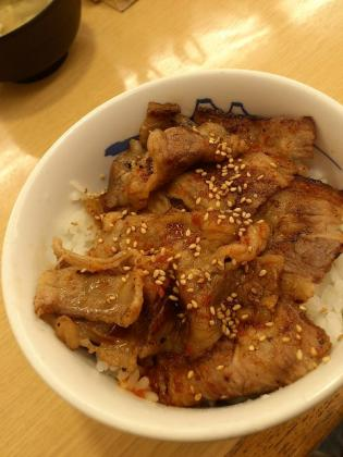 松屋、牛カルビ丼2