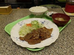 なりこま家生姜焼き定食4