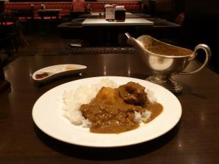 新宿中村屋オリーブハウス横浜ランドマークプラザ店、新宿中村屋伝統のインドカリー、苺カスタードパフェ5