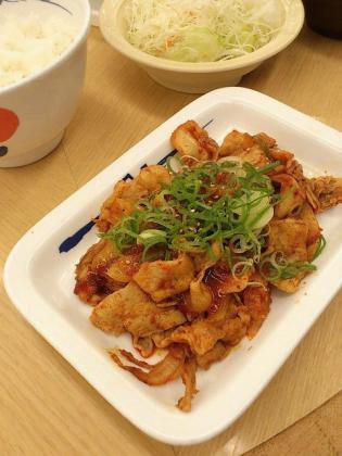 松屋、豚キムチトリオ夏のスタミナ豚キムチ定食2