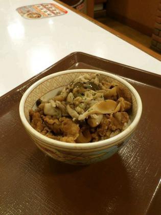 すき家期間限定3種のきのこ牛丼(ミニ)5