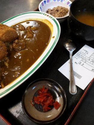 和食いちばんでメンチカツカレー2