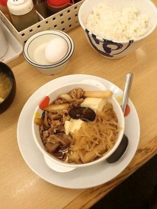 松屋、牛すき焼き御膳2