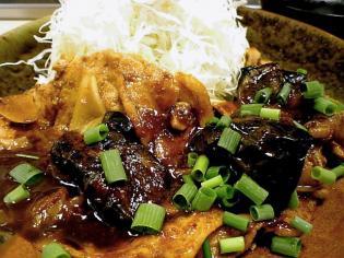 和定食の店松乃家天王町店でロース茄子味噌炒め定食590円。3