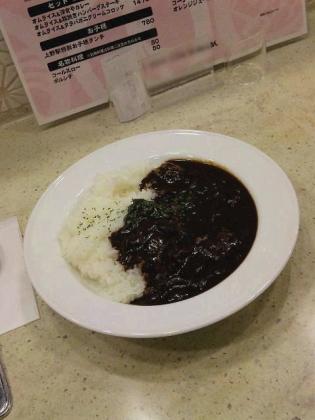 上野駅構内ecute Ueno(エキュートうえの)の洋食や三代目たいめいけんでハヤシライス。2